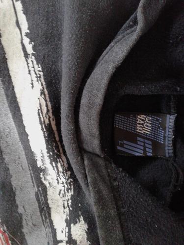 buzo negro de nene con capucha, abrigadito!