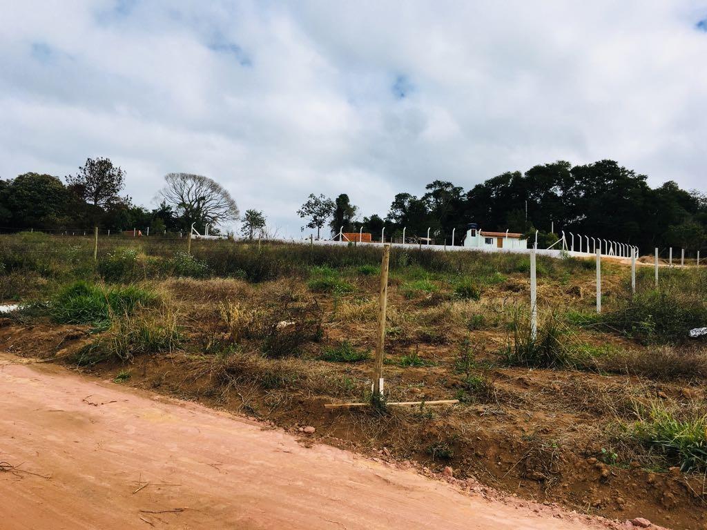 c. 1.000 m2 pronto p/ construir com documentação ok
