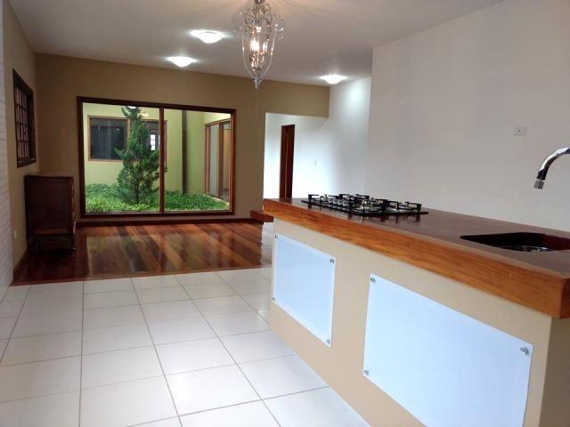 c-2310 belíssima casa no condomínio ponte de pedra guararema - sp - 2018
