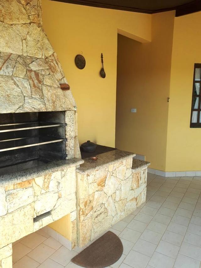 c-2330 casa com linda vista a venda no condomínio alpes de guararema - sp - 2058
