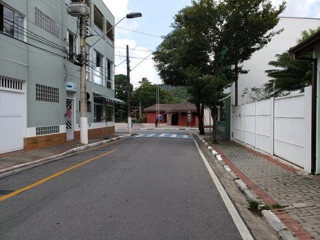 c-2411 charmosa casa térrea a venda no centro de guararema - sp - 2310