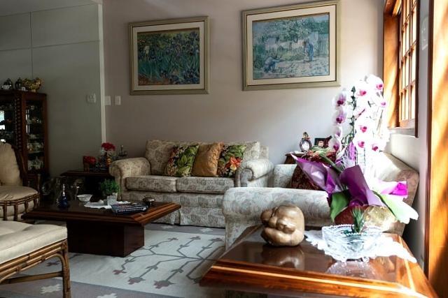 c-2416 bela casa no centro de guararema - sp - 2321