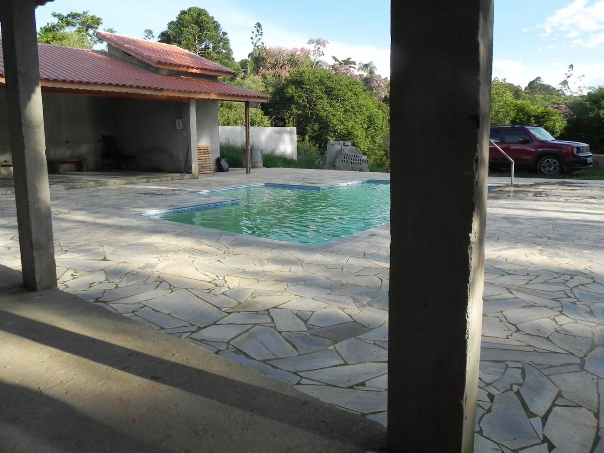 (ca) sítio em santa isabel de 1.450m² com piscina