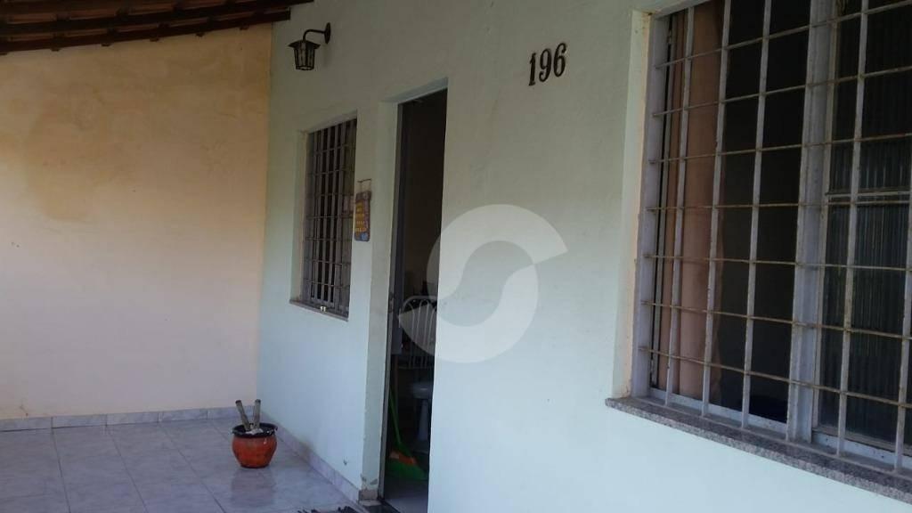 ca1530  casa 02 quartos num condomínio com lazer (churrasqueira, piscina, playground e salão de festas) em itaboraí. - ca1530