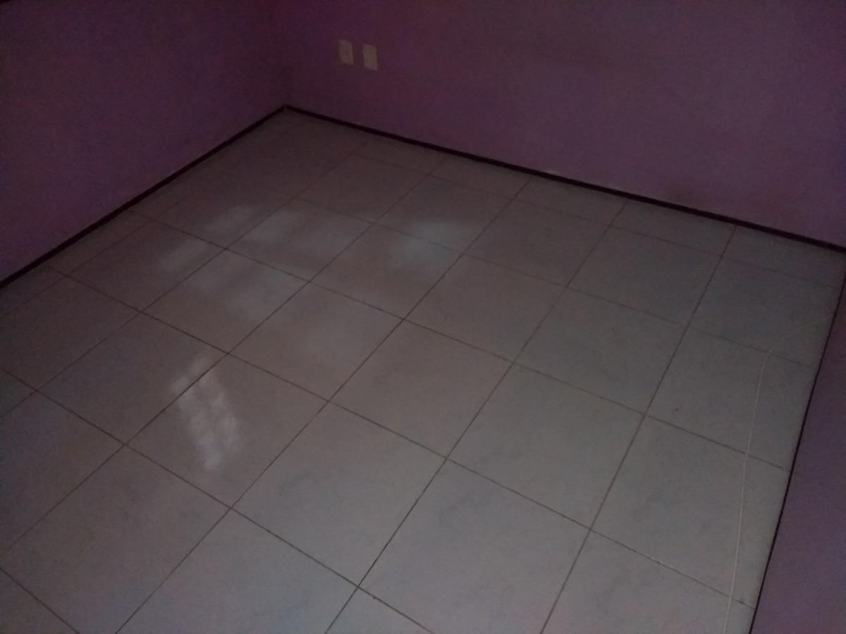 ca1675-aluga casa damas, 2 quartos (1 suíte), 2 vagas, 120m²