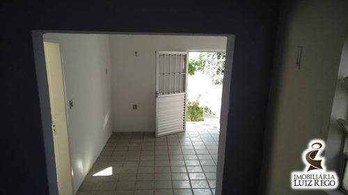 ca1751- aluga casa no henrique jorge, 1 quarto, 1 vaga, 66m2