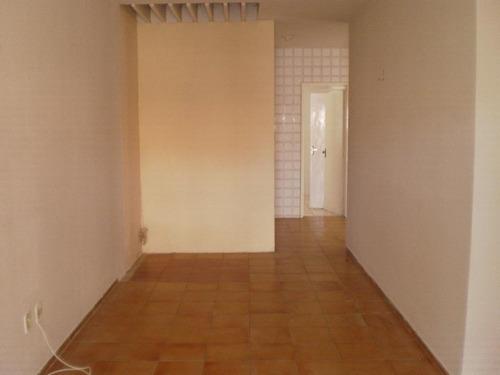 ca701-aluga casa cidade dos funcionários, 3 quartos(1 suíte)