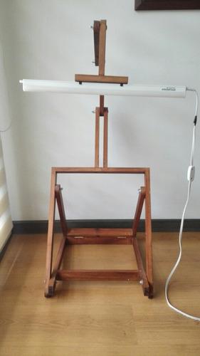 caballete pintura con lampara