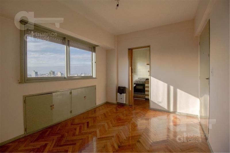 caballito. departamento 2 ambientes con imponente vista. alquiler temporario sin garantías.
