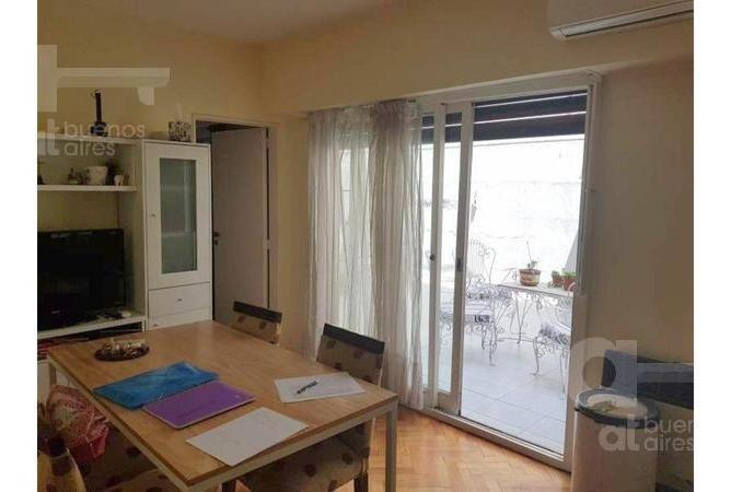 caballito. departamento 2 ambientes con terraza. alquiler temporario sin garantías.