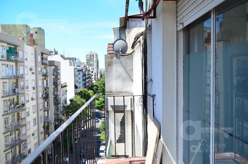 caballito- monoambiente equipado con balcón- alquiler temporario sin garantía-