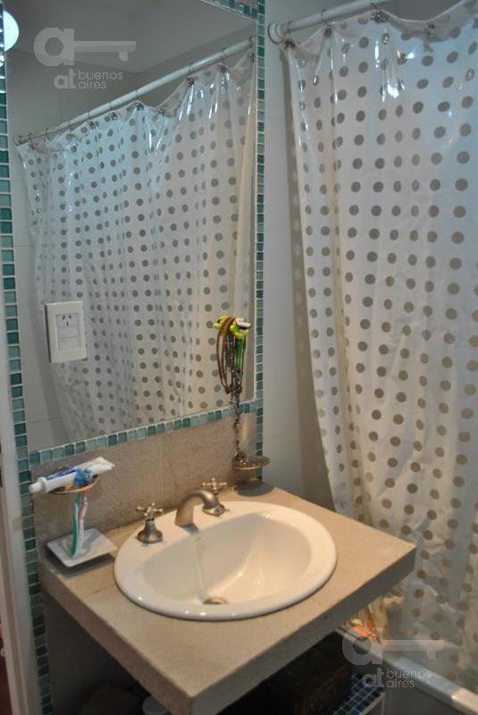 caballito - ph 2 amb. - con terraza - amplio - luminoso - ideal pareja - alquiler temporario sin garantía-