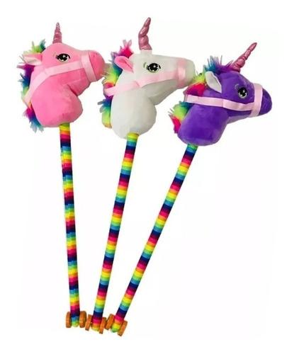 caballito unicornio con palo, sonidos de galope y relinche