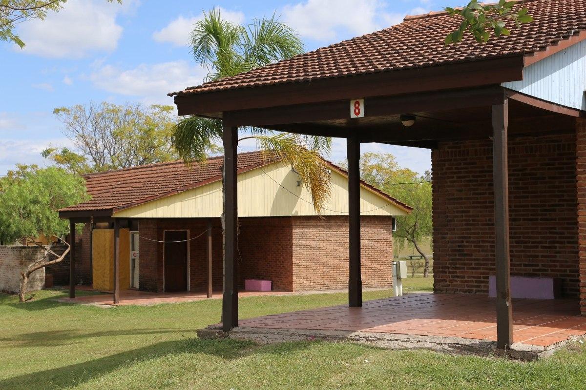 cabaña 1 y 2 dormitorios en termas de guaviyú desde $2370