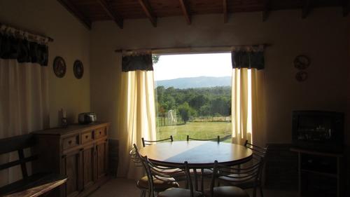cabaña 3 ambientes. excelente vista a la sierras