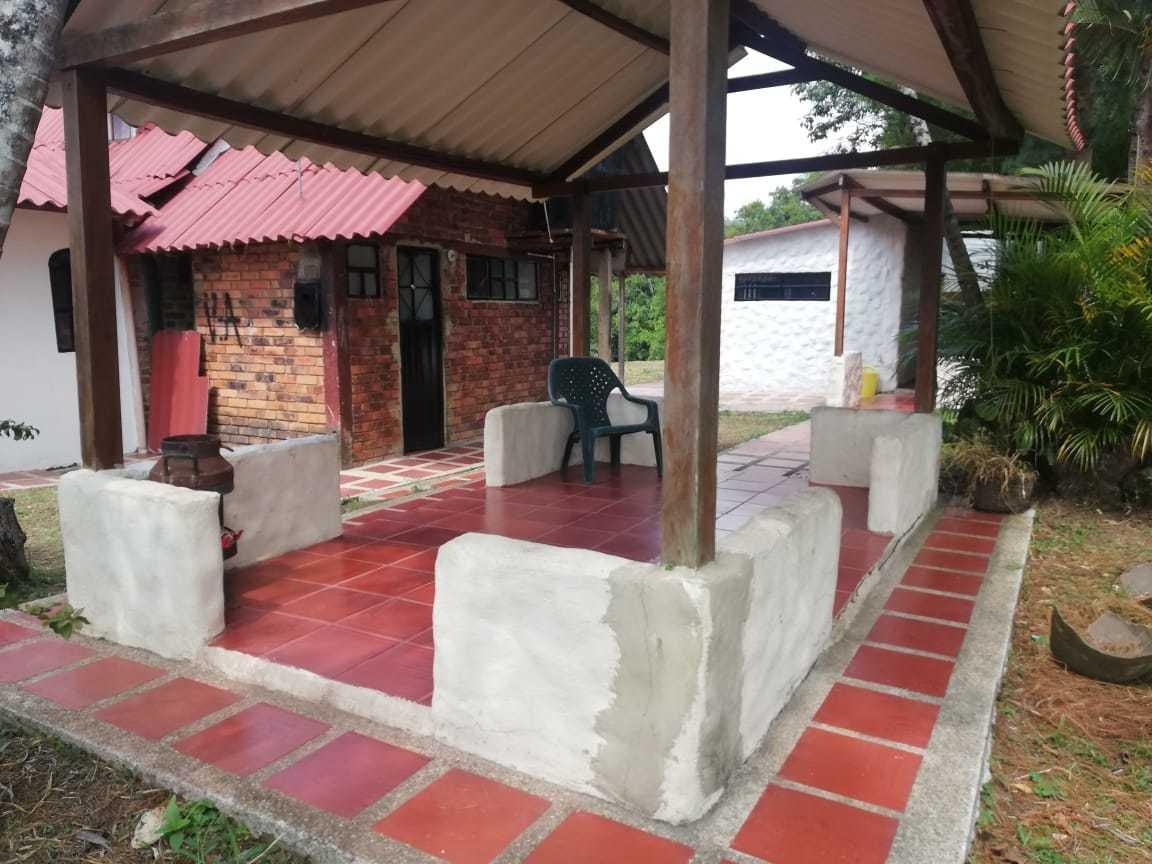 cabaña con 2 habitaciones y un baño