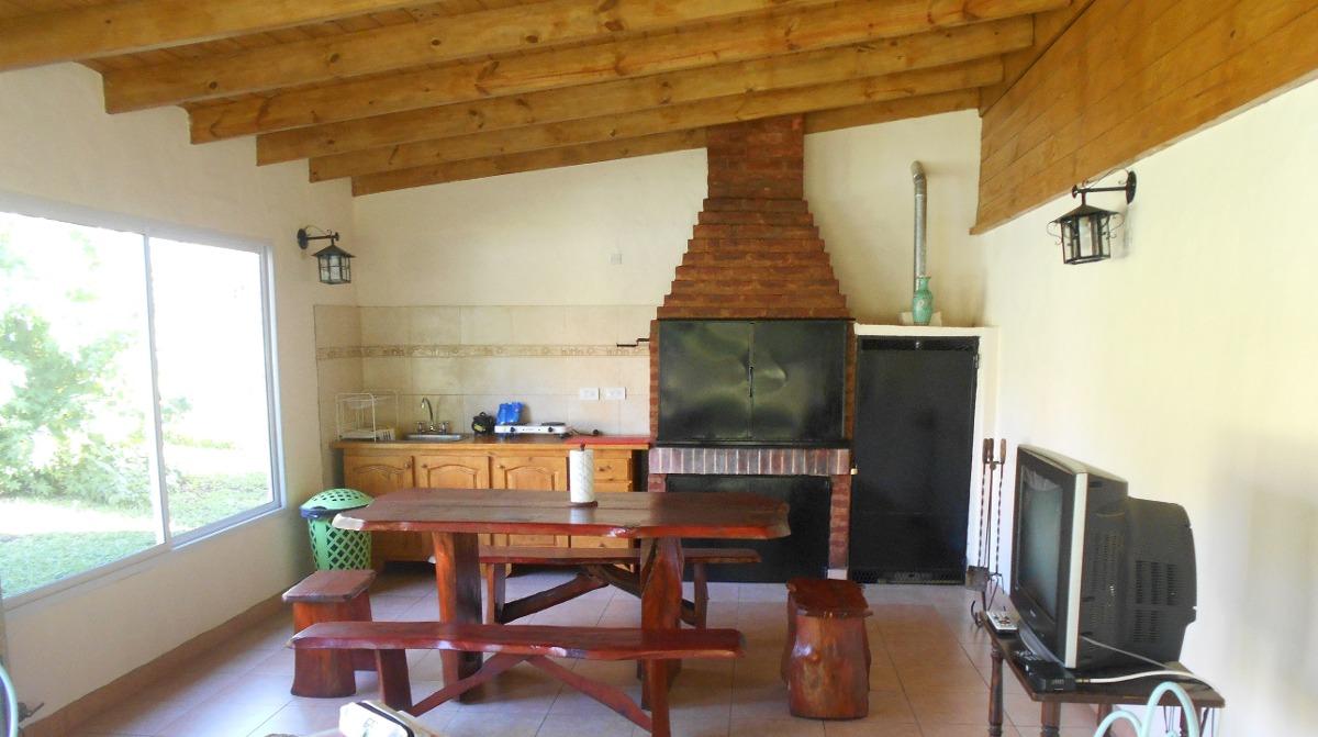 cabaña  con pileta y quincho cercada en sierra de los padres