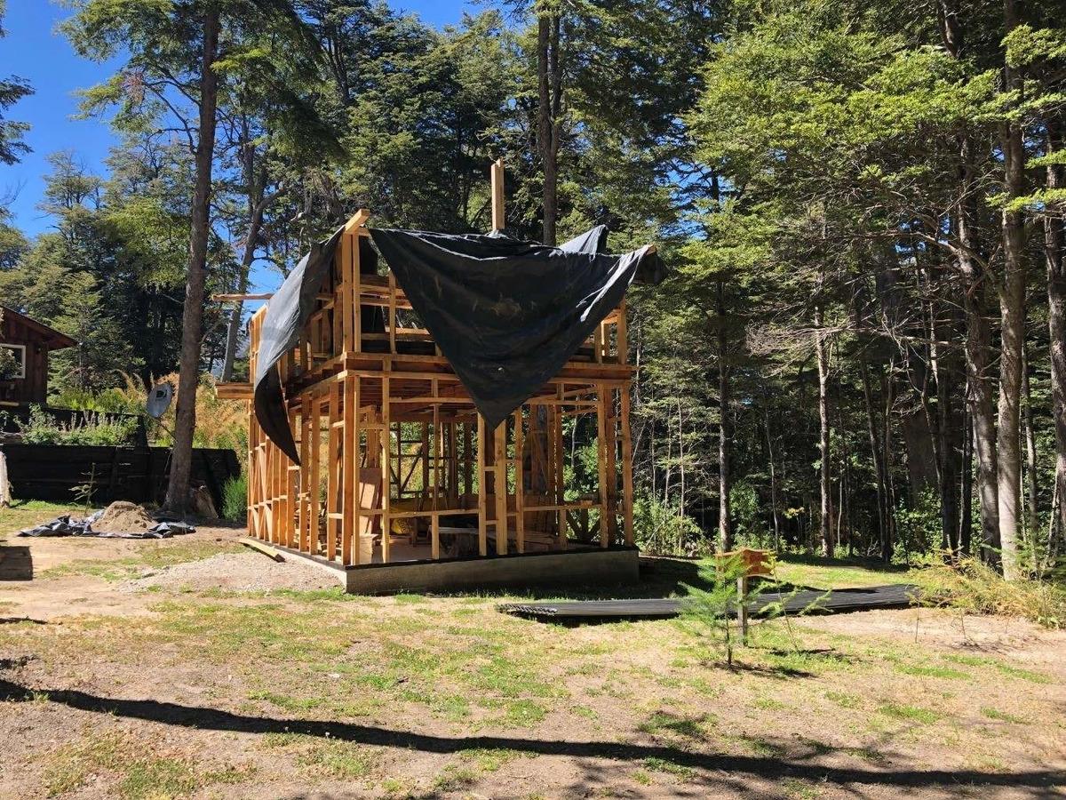 cabaña de 63 m2, bº villa correntoso, villa la angostura