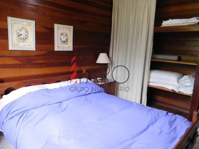 cabaña de madera en la barra 2 dormitorios y dependencia con parrillero techado-ref:35988