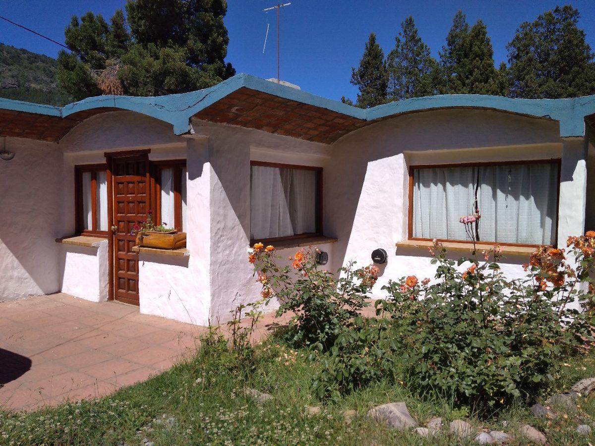 cabaña en bariloche 3 a 6 pers. desde $2300 x día a $4500