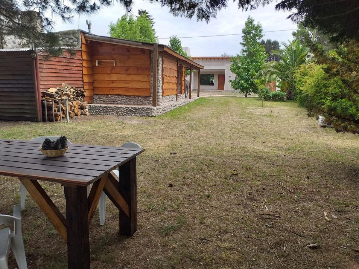 cabaña en entorno natural
