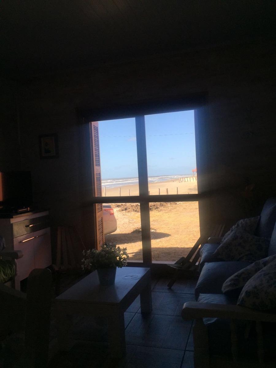 cabaña hermenegildo frente al mar
