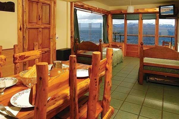 cabaña sobre costa de lago alquiler permanente