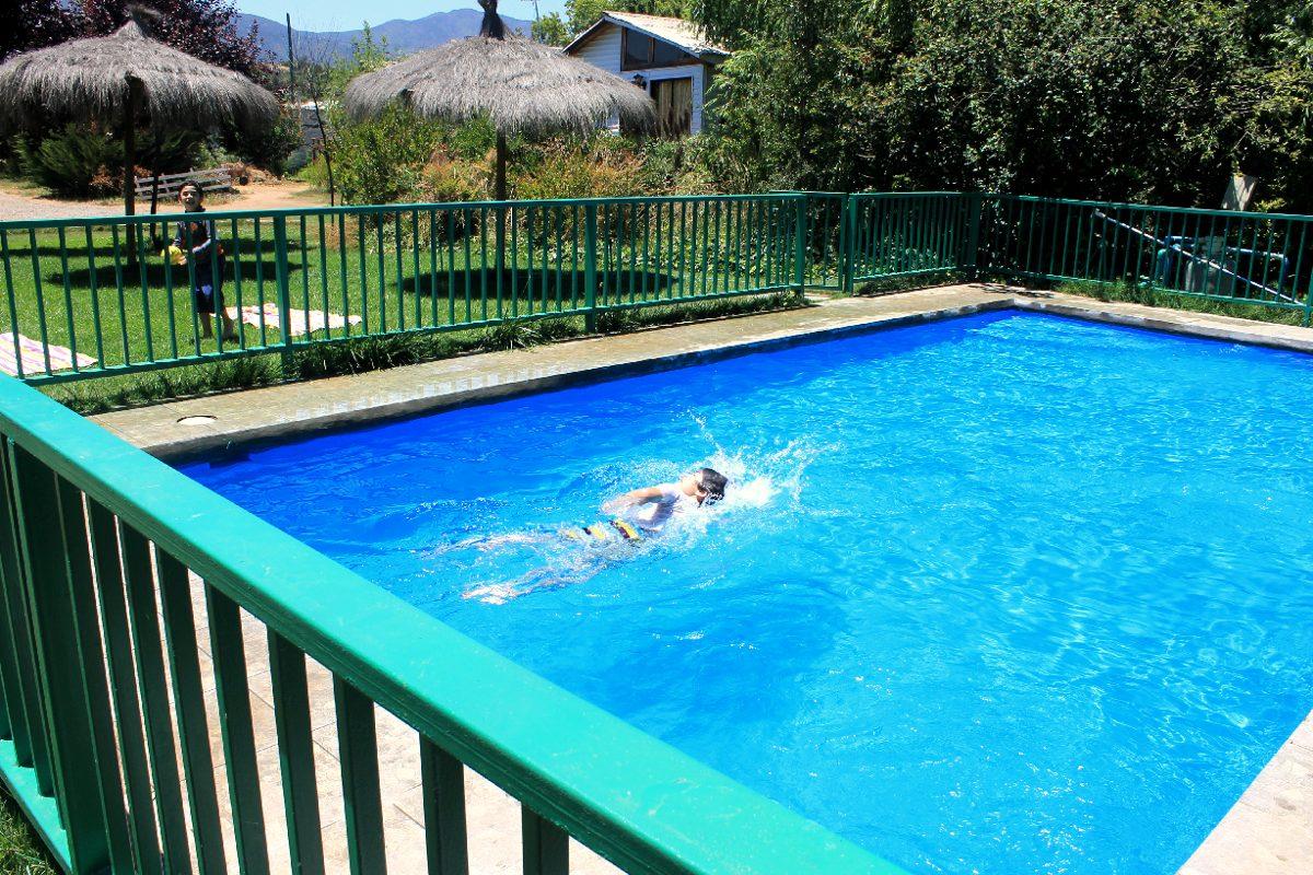 cabañas bbb con piscina lado de maitencillo!