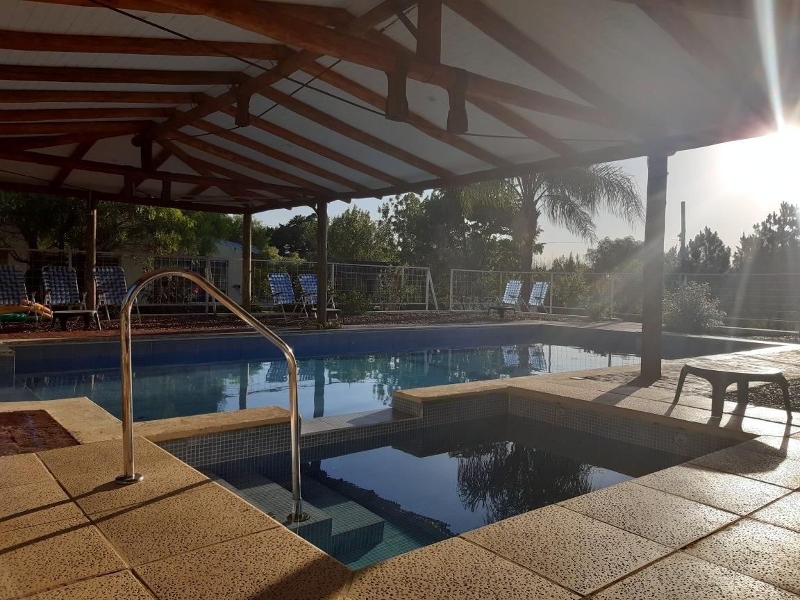 cabañas con piscina. complejo turistico
