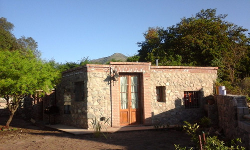 cabañas el antiguo refugio, capilla del monte 1 p 4,otra p 6