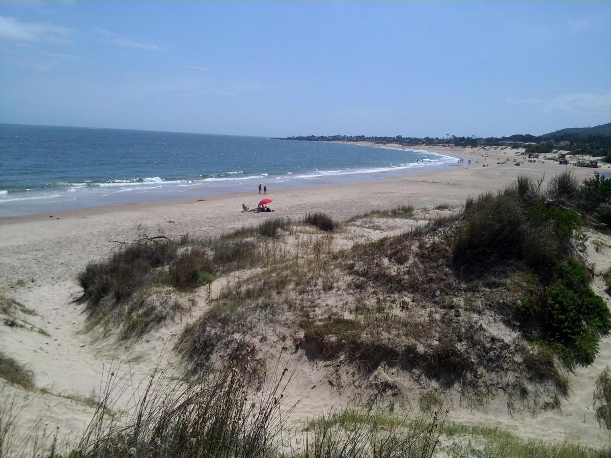 cabañas en punta colorada a 1 cuadra  de la playa