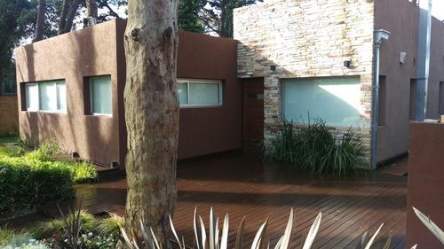 cabañas tipo casa moderna bosque peralta ramos mar del plata