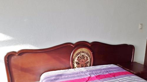 cabecera matrimonial con medallon en tela con 2 buroes