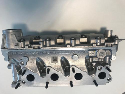 cabeçote dos cilindros com valvulas e eixo do comando
