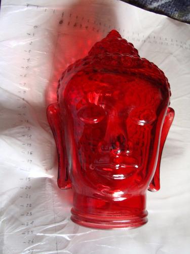 cabeza de buda en vidrio , es como un frasco