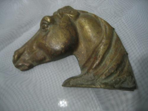cabeza de caballo hermoso adorno en bronce macizo antiguo(29