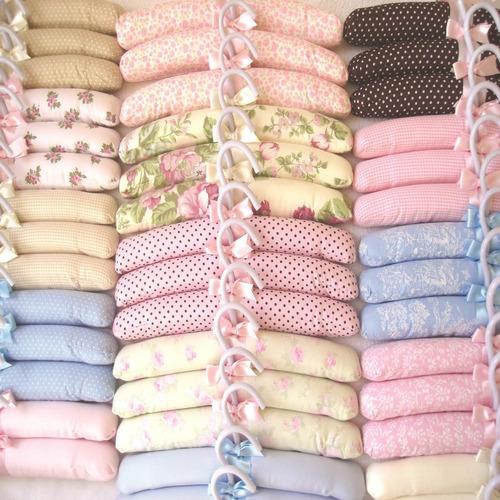 cabides infantis decorados tecido enxoval cha bebê roupas
