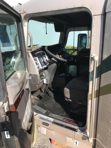 cabina camion kenworth t660 aerocab