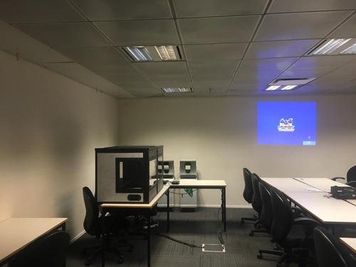 cabina de traducción simultánea /interpretación simultánea