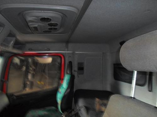 cabine do m. benz atego usada e avariada