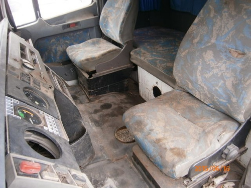 cabine mb 1935 - semi completa - falta porta le.