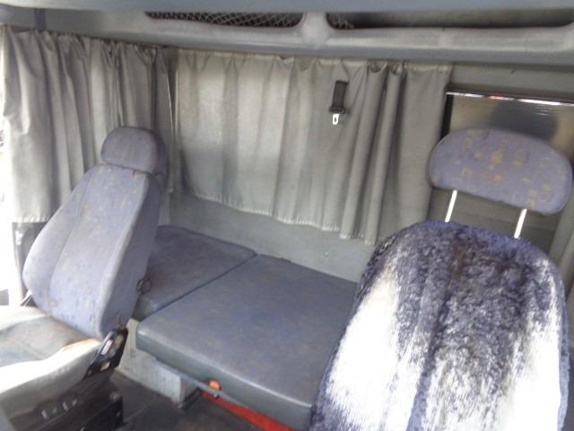 cabine mb 1938 ls (bicudo), cor branca,completa,ótimo estado