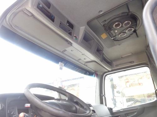 cabine mb axor 2644 - cor branca , completa