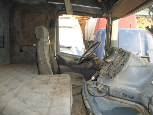 cabine scania r 124, cor branca, tombou lado esquerdo
