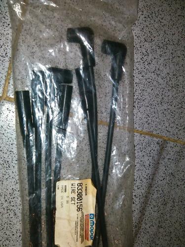 cables de distribución, bujías 6 cil marca mopar