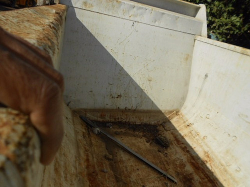 caçamba rosseti meia cana 16 metros ano 2011 semi nova