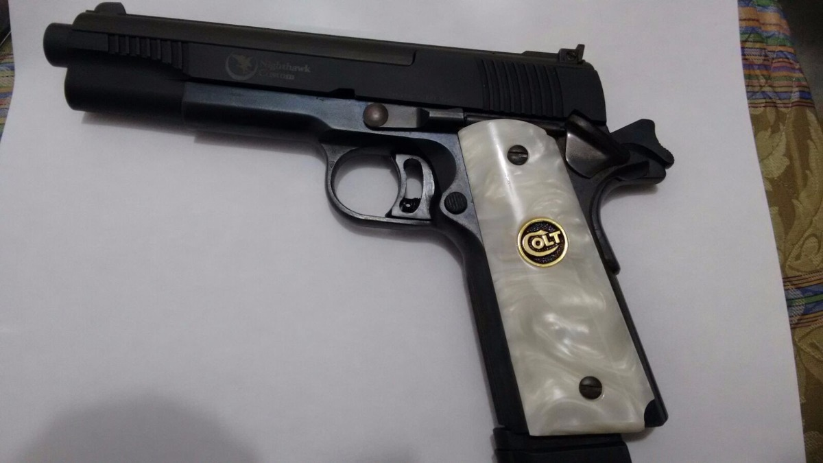 Cachas para colt 1911 nacaradas coleccion pistola aperlada - Pistola para lacar ...