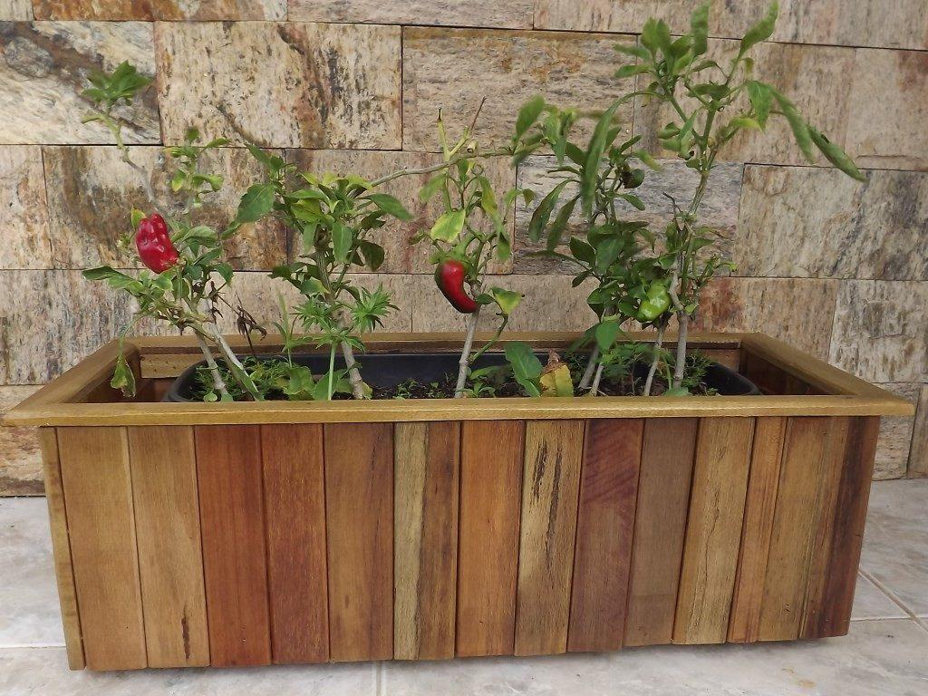Cachepô Em Madeira De Lei Reciclada   Vaso Plástico R$ 50 00 em  #724831 1024x768