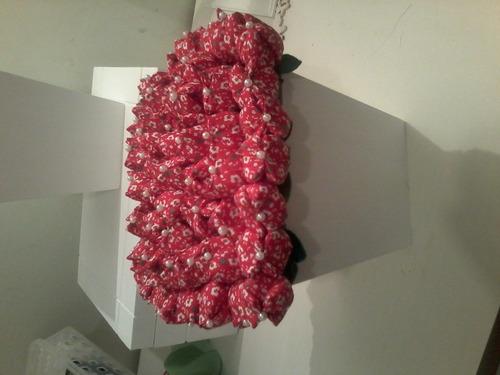 cachepo de mdf com tulipas de tecido decorado com perola