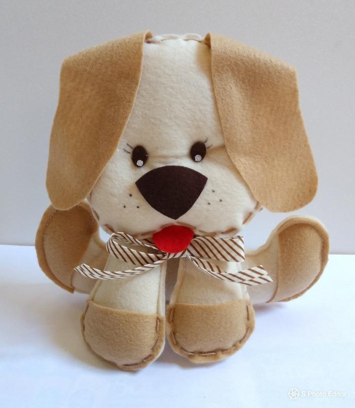 Cachorrinho Cachorro De Feltro Para Decoração - 20 Cm - R  25 8b6df255e64